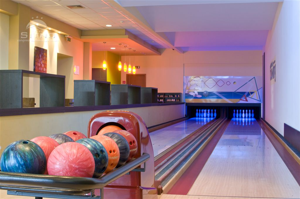Bowling night bar
